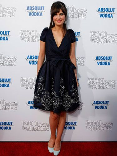 The leading lady wore a navy vintage party dress to the premiere of her hot new  comedy, <i>500 Days of Summer.</i>