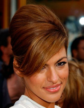 Eva worked a retro beehive look at the 2003 premiere of  <em>2 Fast 2 Furious</em>.