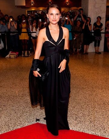 In an elegant black halter gown, Natalie's style is classic and cool.
