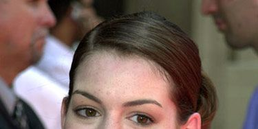At the premiere of <em>The Princess Diaries</em>, Anne went for an elegant side-swept chignon.