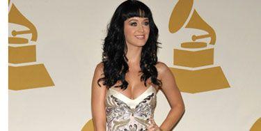 "Nothing says, ""Kiss me under the mistletoe"" like Katy's V-neck strapless mini and platform pumps."