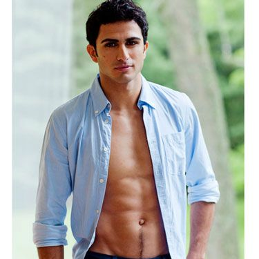 <p><b>Name:</b> Alexander Farsi</p>