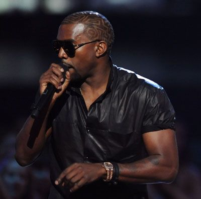 """""""Yo Taylor, I'm really happy for you… Imma let you finish. But Beyoncé had one of the best videos of all time! One of the best videos of all time!"""""""