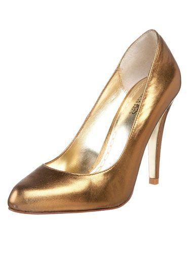 "Bronze Pompadour Pumps, <a href=""http://www.endless.com/Charles-David-Womens-Pompadour-Pump/dp/B002EQAFJO/"" target=""_blank"">Charles by Charles David</a>, $87.66"