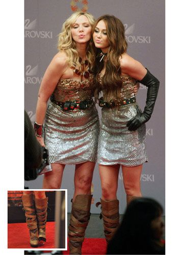 We can't wait to find out what crazy plotline will bring Samantha and Miley Cyrus face-to-face in the same dress and killer strappy boots.