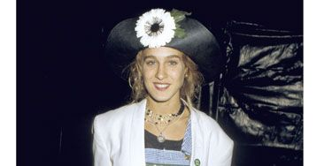 Sure, some of the '80s styles were ridiculous, but Sarah Jessica was able to rock the big-shoulders-and-denim-overalls trend in a fresh way. Here's proof that the then-23-year-old actress has always been a trendsetter: she sported her hat three years before <i>Blossom</i> debuted on TV.