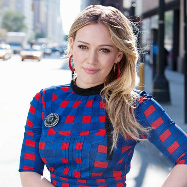 Gorgeous, spunky, and fearless, Hilary Duff was the perfect choice to play a Cosmo writer who goes undercover in the business world as a way to meet men.
