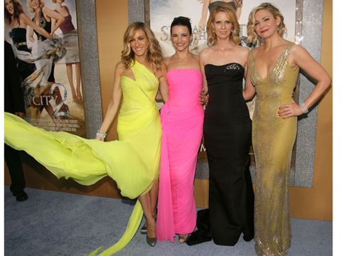 The fab four have been on the red carpet circuit long enough that it's no surprise they looked stunning in their floor-length gowns. Although SJP and Kristin Davis's dresses look like they could be from the same designer, that's not the case. SJP insists that, after knowing each other all these years, they just have similar tastes!