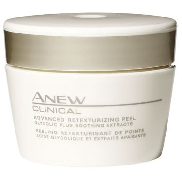 <p>YOU SEE : A dark, enlarged pore</p>