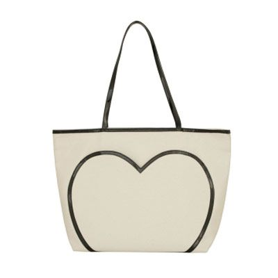 "<a href=""http://www.luluguinness.com/ProductPage.aspx?productId=LULU0140594338102"" target=""_blank"">$89.00</a>"