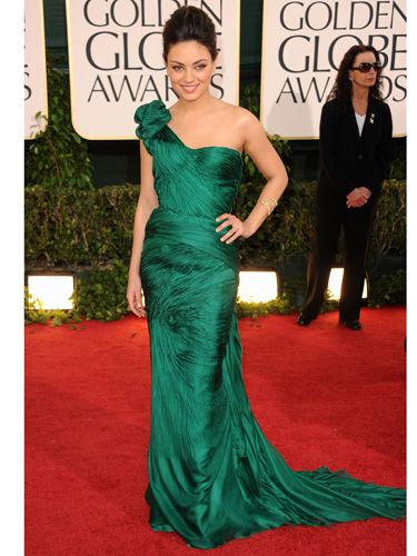 Golden globes 2011 red carpet dresses best red carpet - Designer red carpet dresses ...