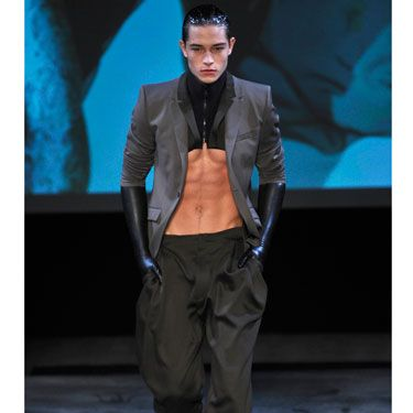 We're usually not fans of the dickey (aka the torso-less turtleneck), but with abs like these, we're willing to make an exception.