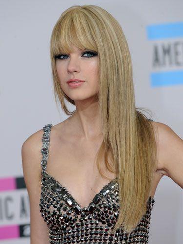 Clothing, Hair, Lip, Hairstyle, Shoulder, Style, Bangs, Eyelash, Beauty, Blond,