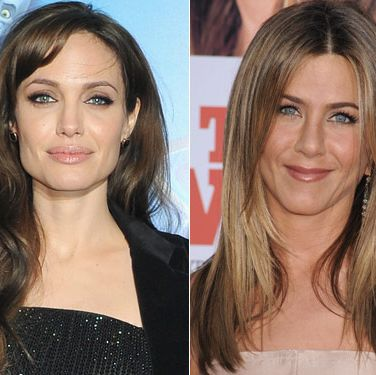 Remember at the MTV Movie Awards last June when Sandra Bullock and Scarlett Johannson kissed on stage? Yeah, that would so <i>not</i> happen between these two.