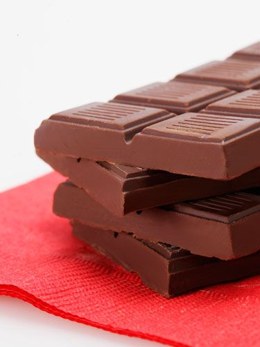 Warm up a chocolate bar in the microwave for 15 seconds or until it's gooey around the edges but not totally melted. Stand in the tub without the water on or on top of an old sheet and have him use the bar to draw a trail down your body. Ask him to lick it up without lifting his tongue off of your skin.