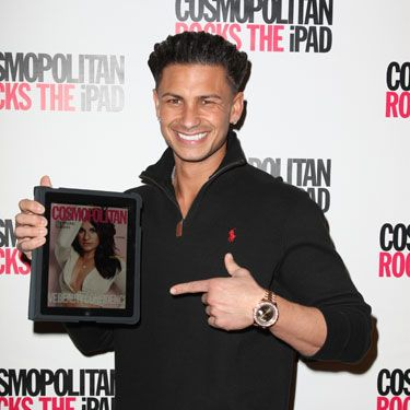 DJ Pauly D presented Cosmo's Showcase Edition on the iPad and said that he never creeps without it.