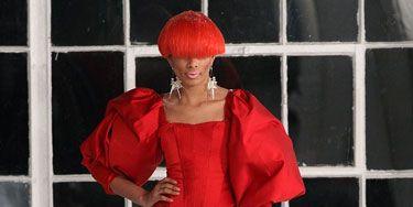 Half 1800s ballgown. Half hooker. All bad. <p><i>Designer: Saint Wobil-Darius Wobil</i></p>