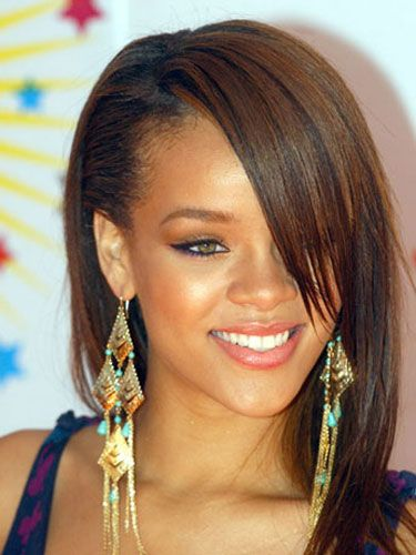 Hair, Head, Nose, Ear, Earrings, Lip, Smile, Brown, Hairstyle, Skin,