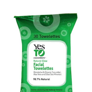 When—despite your best efforts—your makeup has melted all over your face, wipe it away with these soothing, cucumber-infused cloths. 