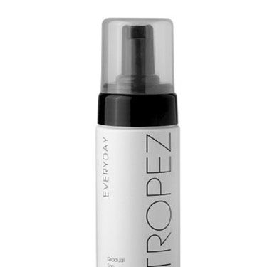 This fluffy mousse formula is so easy to apply—and it gives you a natural-looking, golden hue every time.