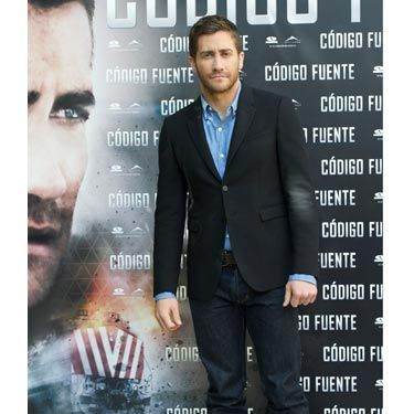 Jake Gyllenhaal dresses just the way we like our guys: business up top, party below the belt. His dark jeans and roughed-up shoes look modern with a classic black jacket and blue button-down.