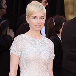 """""""I do actually like it. It's a tomboy look. The way you wear your hair is about your personality."""" -Rob<br /><br />Pic: <i>Michelle Williams</i>"""
