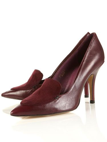 "Garland Pointed Court Shoes, $130, <a href=""http://us.topshop.com/webapp/wcs/stores/servlet/ProductDisplay?beginIndex=0&viewAllFlag=&catalogId=33060&storeId=13052&productId=2584447&langId=-1&categoryId=&searchTerm=garland&pageSize=20""target=""_blank"">us.topshop.com</a>"