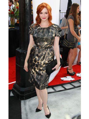 She normally looks va-va-voom, but this dress took that to levels of voom never before seen: va-va-<i>va</i>-voom.