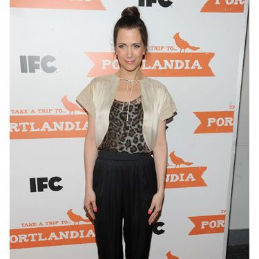The Golden-Globe nominated <i>Bridesmaids</i> star hit the red carpet for a <i>Portlandia</i> screening.