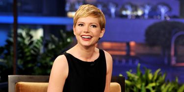 Michelle Williams, who's nominated for a Golden Globe for her role as Marilyn Monroe, looked insanely adorable on <i>The Tonight Show</i>.