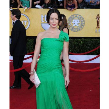 The <i>Five Year Engagement</i> star provided one of the few pops of color in a swishy Oscar de la Renta.