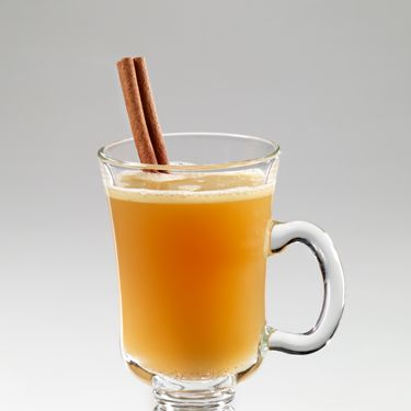 <br /><i>To make the cocktail base:</i><br />