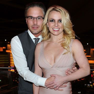 <p>Where They Met: He's her former agent</p>