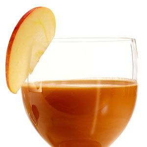 <i>1 oz. apple vodka<br />½ oz. coffee liqueur<br />1 oz. apple cider<br />Splash of cream<br />Garnish: apple slice</i><br /><br />Mix all ingredients with ice in a shaker, and shake well. Strain into a glass. Garnish with apple slice.<br /><br /> <i>Source: The Water Club, Atlantic City</i>