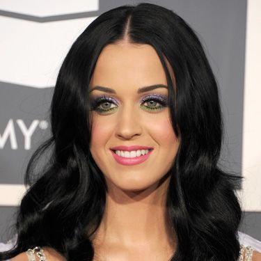 The raven-haired beauty looked stunning at the Grammy Awards.