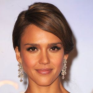 Always stunning, Jessica Alba looks even more so here, allowing her smooth, glowing complexion to do the talking. 