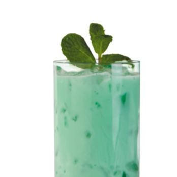 <i>2 oz. Basil Hayden's Bourbon<br />