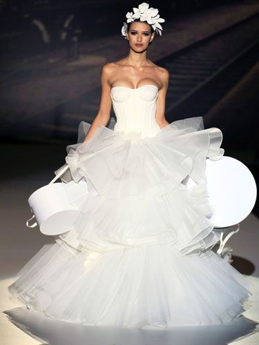 01cecddf427 Ugly Wedding Dresses - Crazy Designer Wedding Dresses