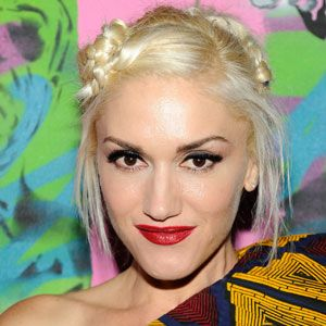 The singer is known for her red lips, platinum hair and quirky style.