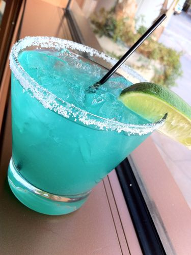 16 Neon Cocktails You Have to Try