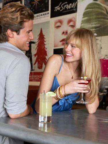 Table, Drink, Alcohol, Alcoholic beverage, Barware, Drinkware, Distilled beverage, Blond, Tooth, Drinking,