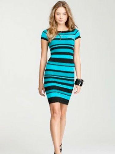 Clothing, Leg, Finger, Product, Dress, Human leg, Sleeve, Shoulder, Photograph, Standing,