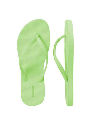 """This gift does double-duty: wear them now if the bachelorette party is anywhere beachy, wear them again at the wedding when your heels start to kill. <br /><br /> Old Navy flip-flops, 2 for $5, <a href=""""http://oldnavy.gap.com/browse/product.do?cid=60979&vid=1&pid=898919&scid=898919152"""" target=""""_blank"""">oldnavy.com</a>"""