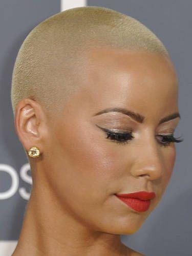 Lip, Cheek, Brown, Skin, Chin, Forehead, Eyelash, Eyebrow, Style, Eye shadow,