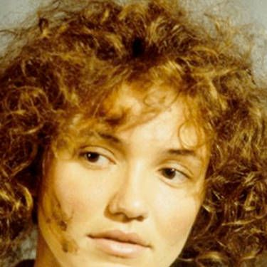 Cameron rocked a bad perm and little makeup as Lotte Schwartz in <i>Being John Malkovich</i>.