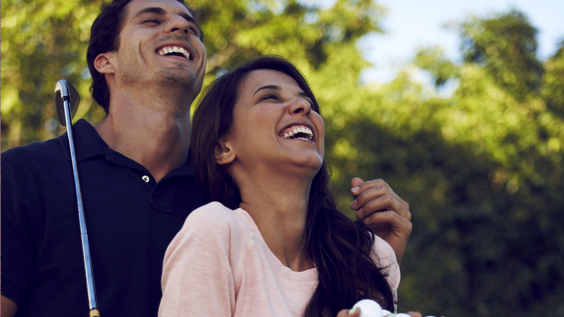 Difference between hookup and regular outing