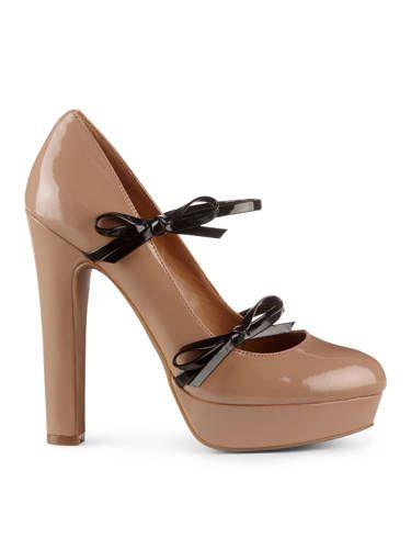 Footwear, Brown, High heels, Tan, Fashion, Leather, Sandal, Fawn, Beige, Liver,