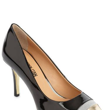 This metallic, cap-toe black pump is super wearable but so ultra chic. They look elegant with everything from skinny jeans to work pants.