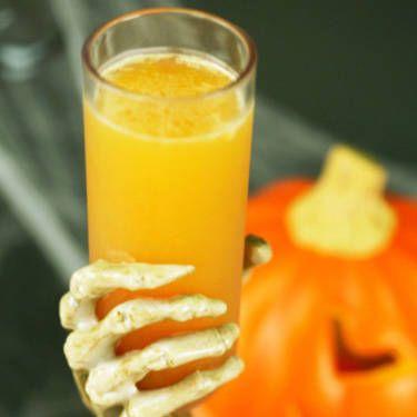 "<i>1½ oz. vanilla vodka<br />¾ oz. Hiram Walker Pumpkin Spice Liqueur<br />1½ oz. orange juice<br />1 lemon wedge, juiced<br /><br /></i> Combine all ingredients in a cocktail shaker filled with ice. Shake vigorously and strain into a glass.<br /><br /><i>Source: <a href=""http://renaissance-hotels.marriott.com/"" target=""_blank"">Renaissance Hotels</a></i>"