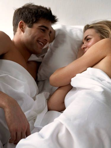 Relationship Advice From Men Best Relationship Tips For Women - Guy takes awesome photos girlfriend tugs along